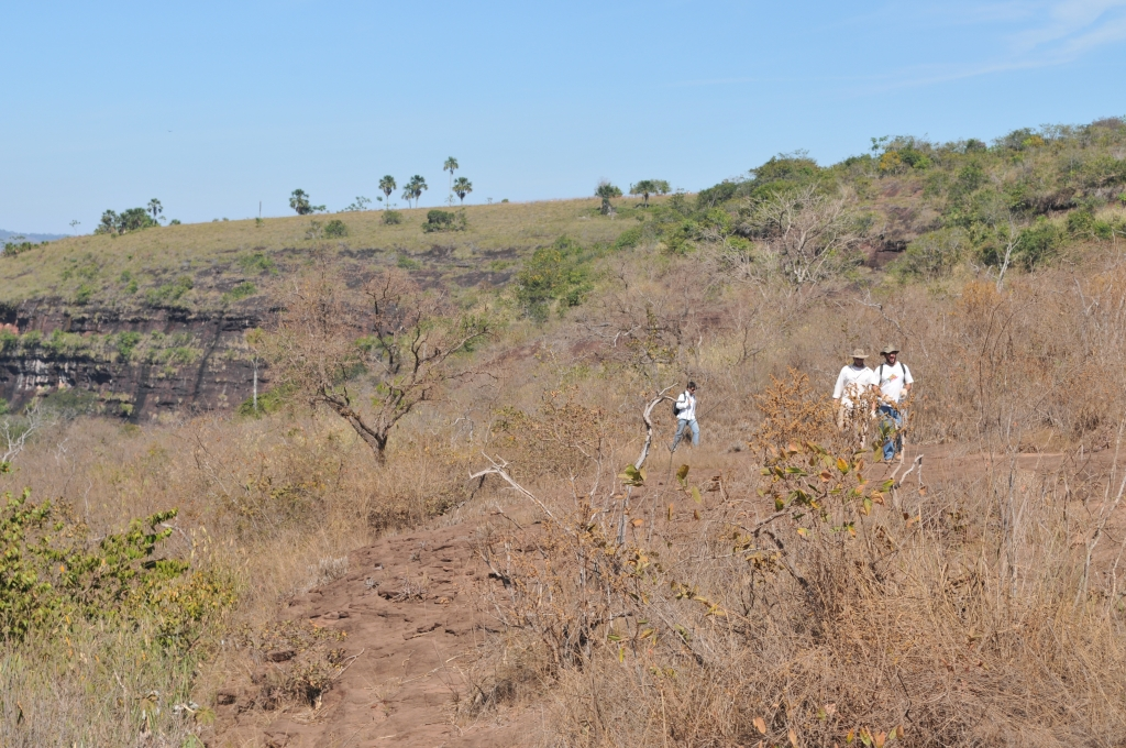June/2011 field work - Império Quarry, Alto Garças -MT