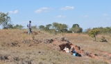 June/2011 field work - Jonathas and Annie digging at Cambambe Hill, Chapada dos Guimarães -MT